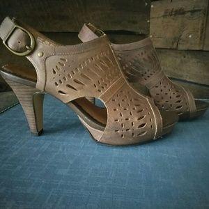 Clark Indigo leather sandles